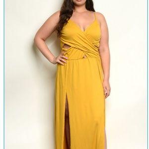 Sexy mustard maxi dress w/ spagetti straps
